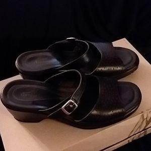 Dansko- Sandals size 39 Black -Used 👠👢🌞👞👡